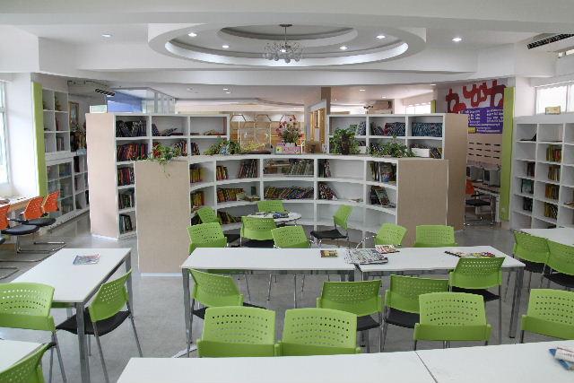 ubon-school-library12
