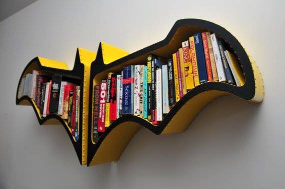 ชั้นหนังสือ superman vs batman